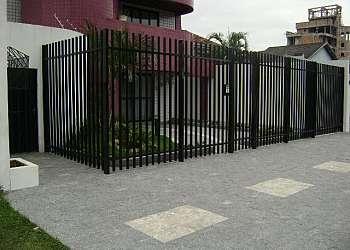 Portões e grades de alumínio