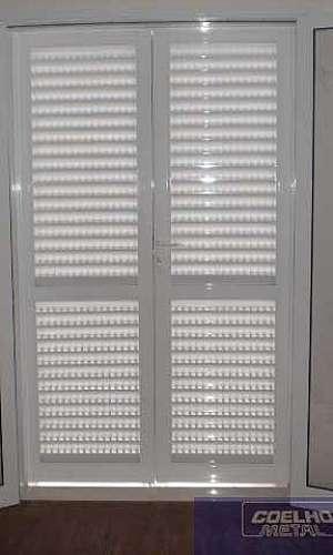 Porta balcão branca de alumínio