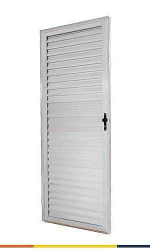 Porta de alumínio para sala