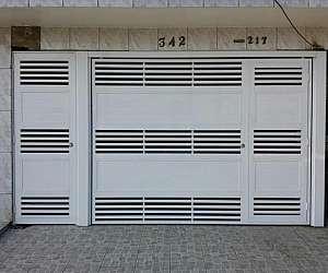 Portões de garagem em aço galvanizado